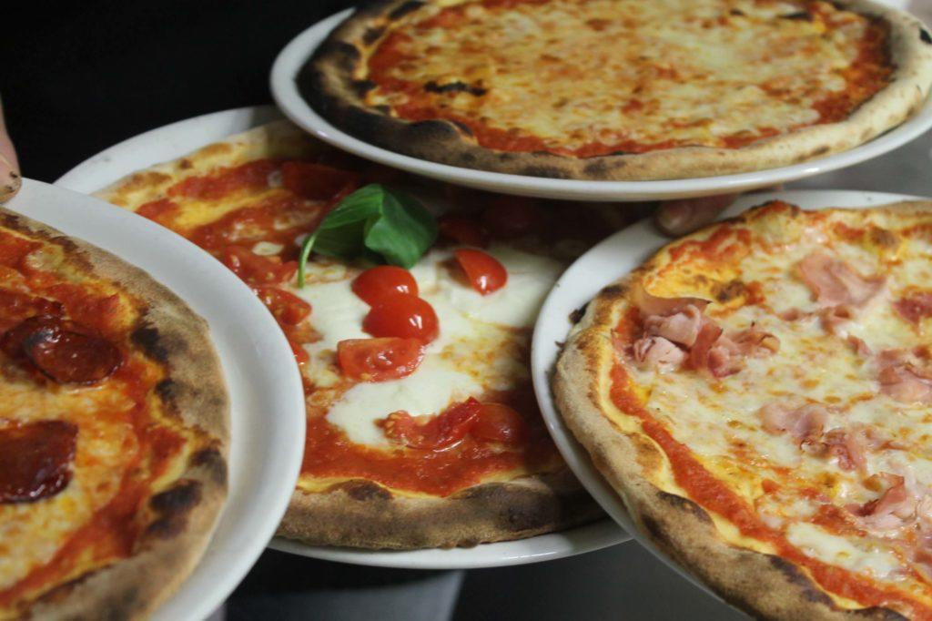 la villa dei pini ristorante lecco valsassina ballabio pizza pizzeria848 1 1024x682 - il nostro menù